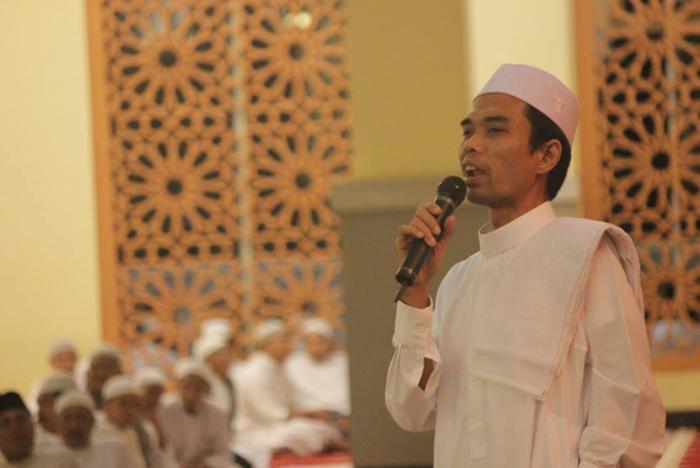 dibenarkan camat, hari ini ustadz abdul somad tausiah di